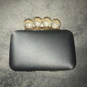 Handbags - Rhinestone brass knuckle clutch 💎👊🏼